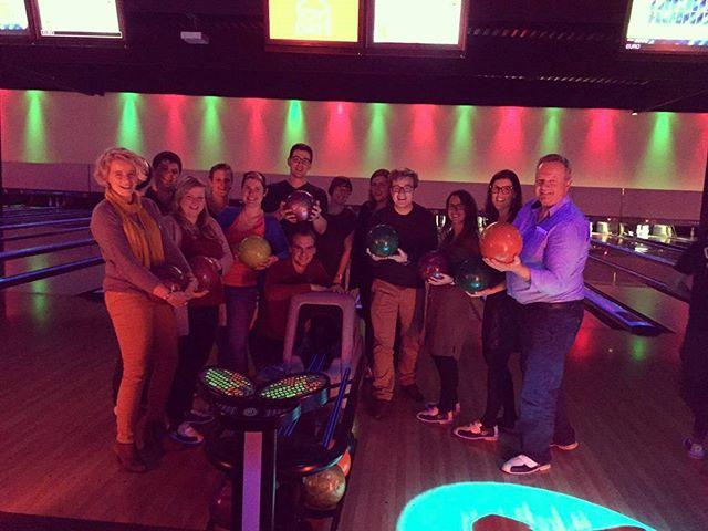 Hoog tijd voor wat fun! Let's bowl! 🎳
