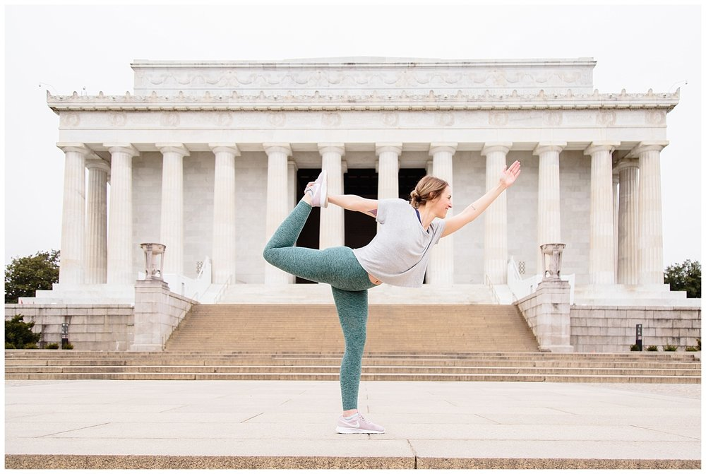 emily-belson-photography-yoga-monuments-jessica-06.jpg