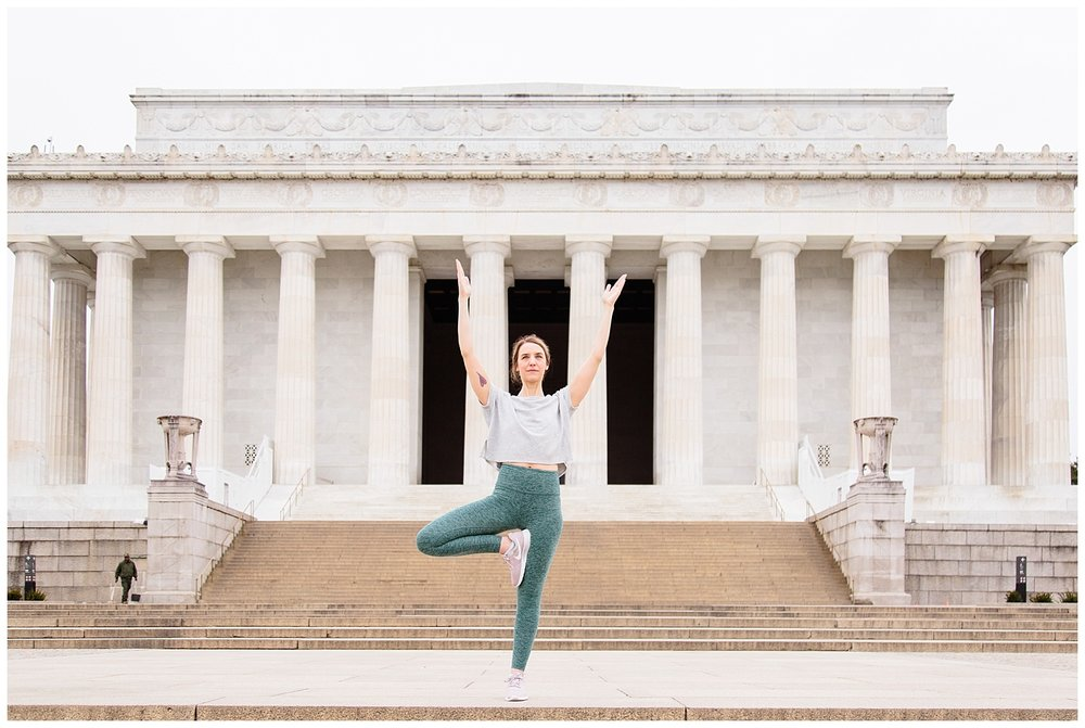 emily-belson-photography-yoga-monuments-jessica-09.jpg