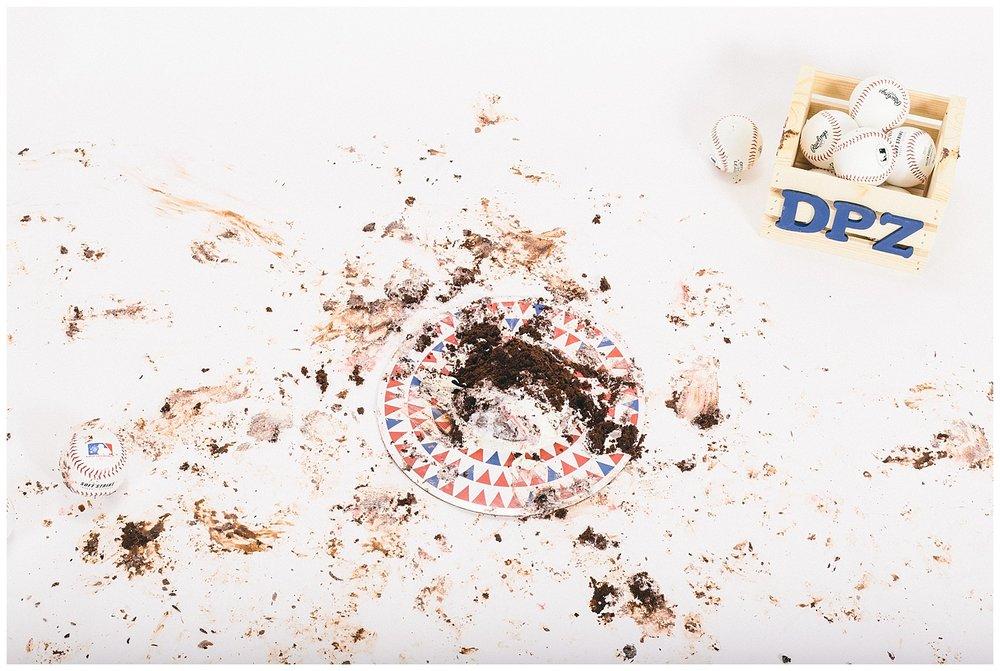 emily-belson-photography-smash-cake-dylan-22.jpg