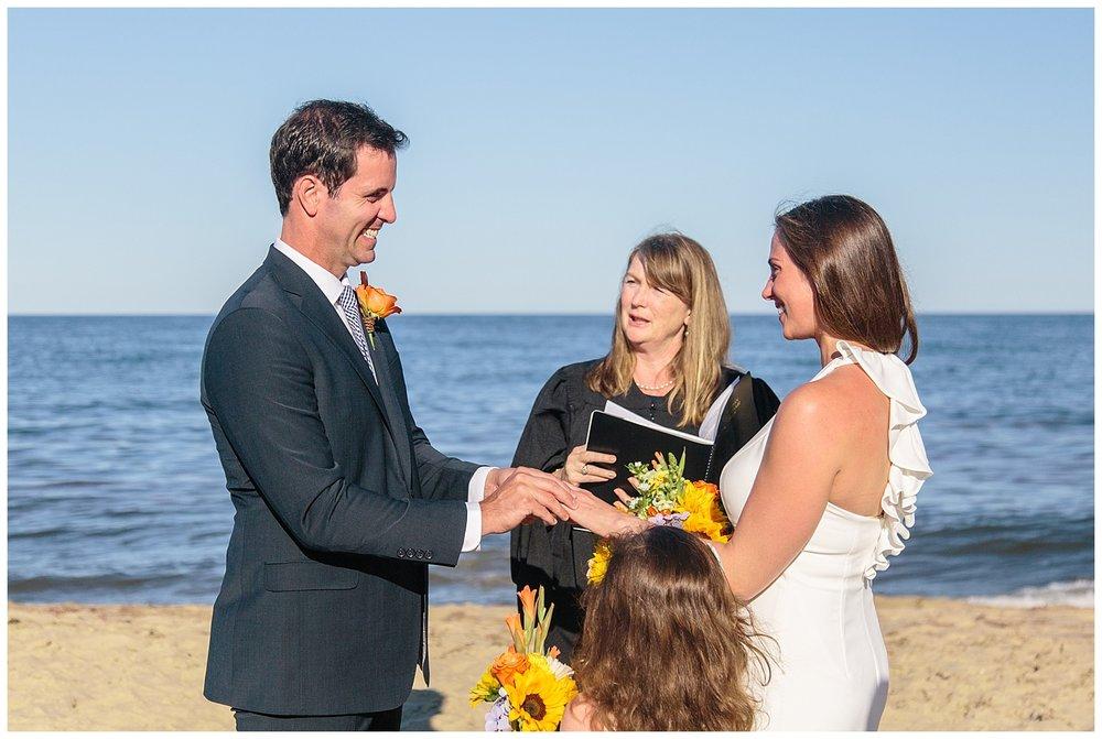 emily-belson-photography-nantucket-elopement-17.jpg