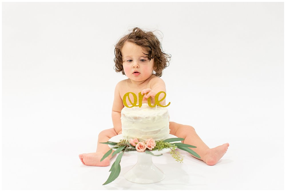 emily-belson-photography-washington-dc-baby-cake-smash-13.jpg