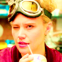 Kate-McKinnon-as-Jillian-Holtzmann-in-Ghostbusters-kate-mckinnon-39375610-200-200