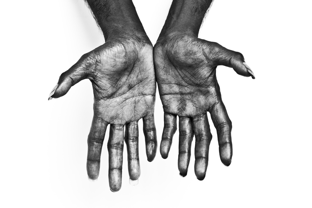 RS_Gurrumul_071 hands 2 adrian cook.jpg