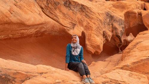 muslim-woman-traveler.jpg