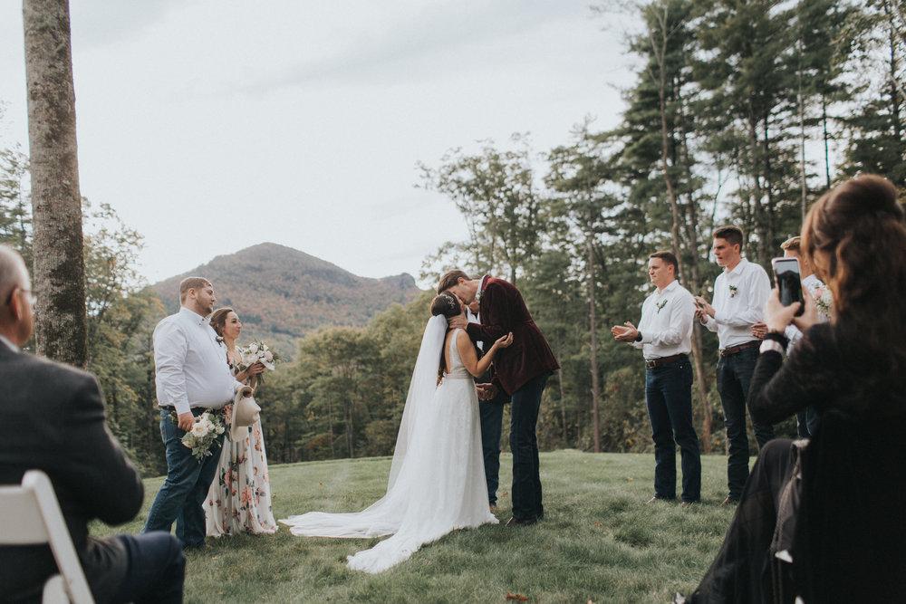 Asheville-Wedding-Photographer-Christian-Reyes-Photography-13.jpg