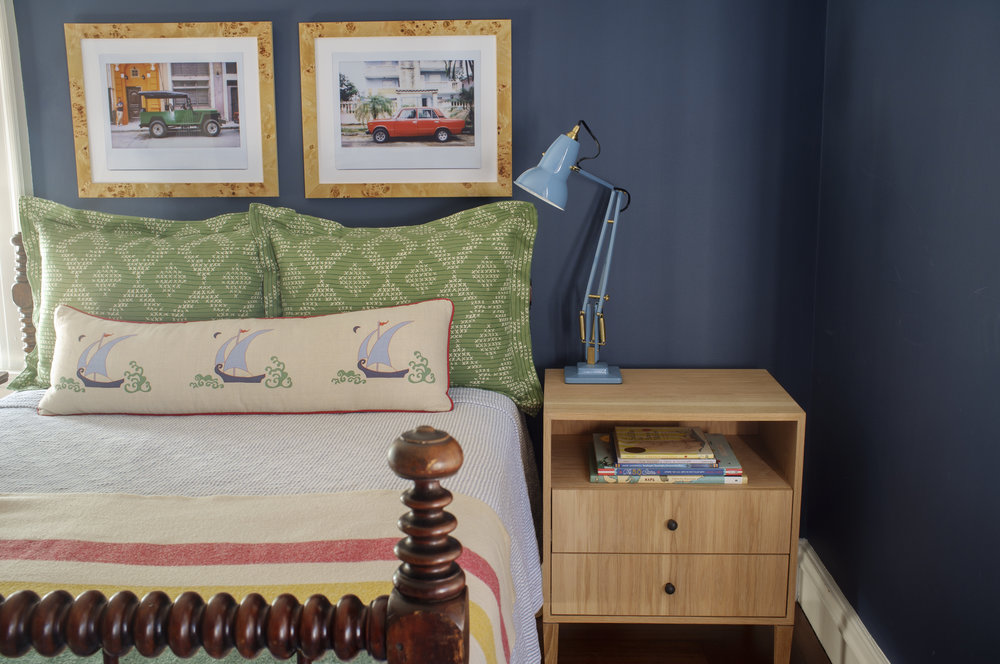 Leonard Bedside Table, White Oak, Medium