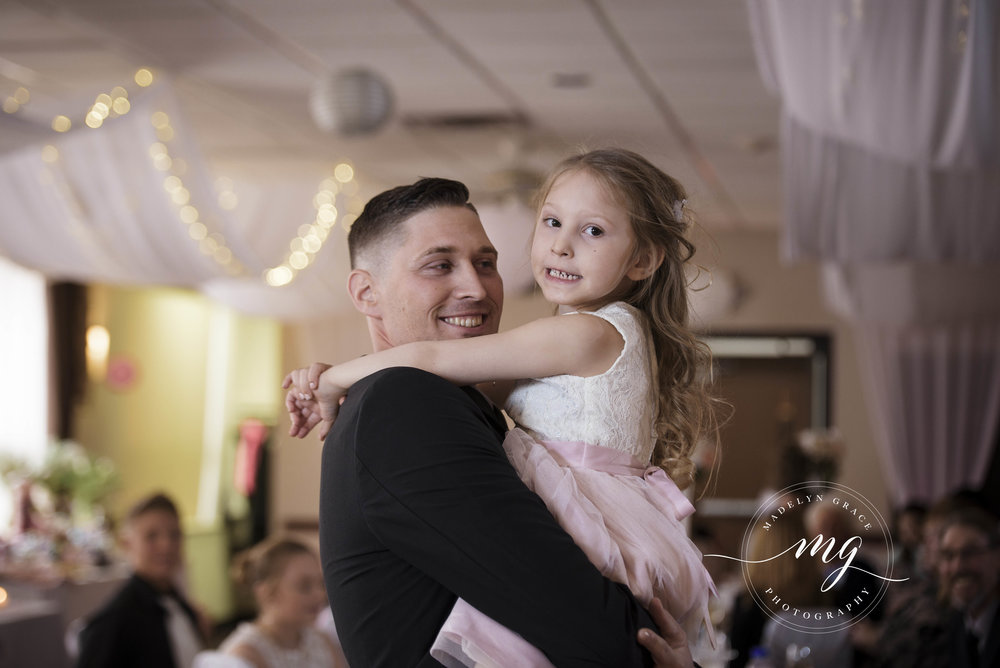 Michigan_wedding_photographer_daddy_daughter.jpg