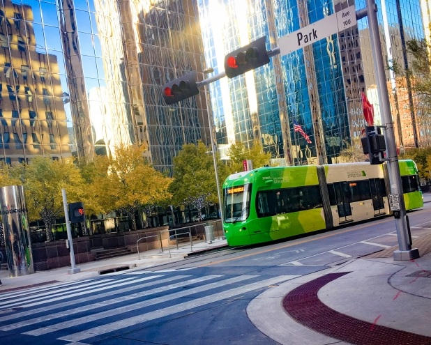 streetcar_downtown_iphone_th_(1).JPG