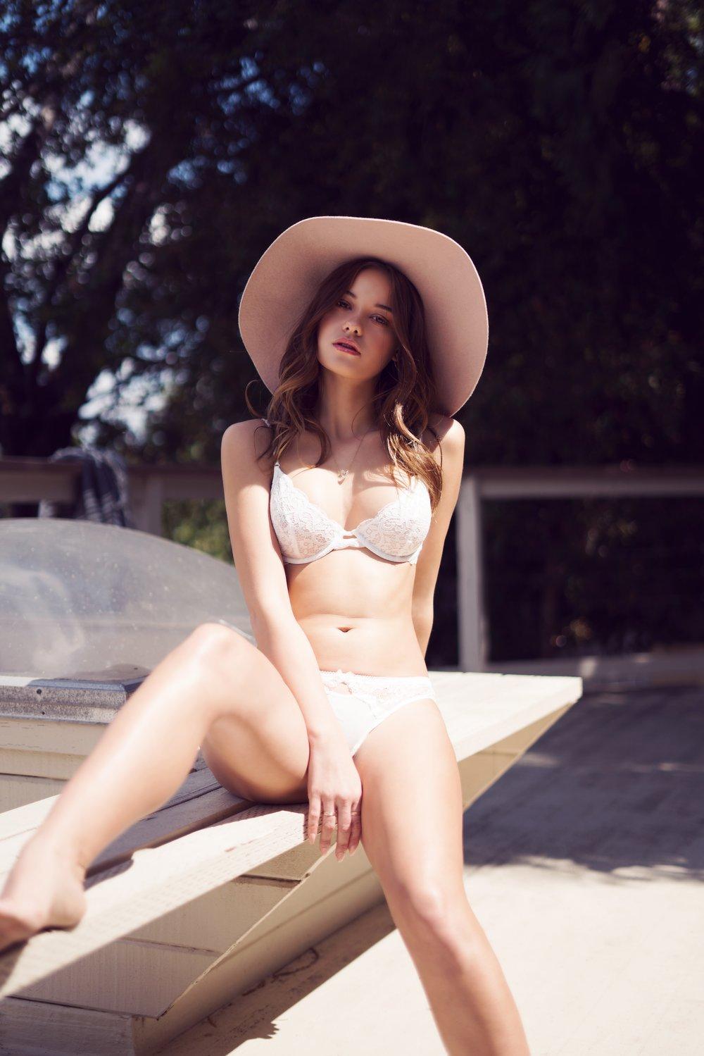 How to shoot lingerie models