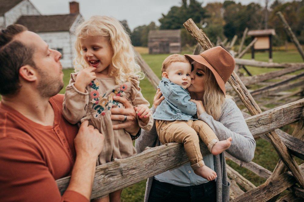 Philadelphia Family Photographers  _ Desiree Hoelzle Photography