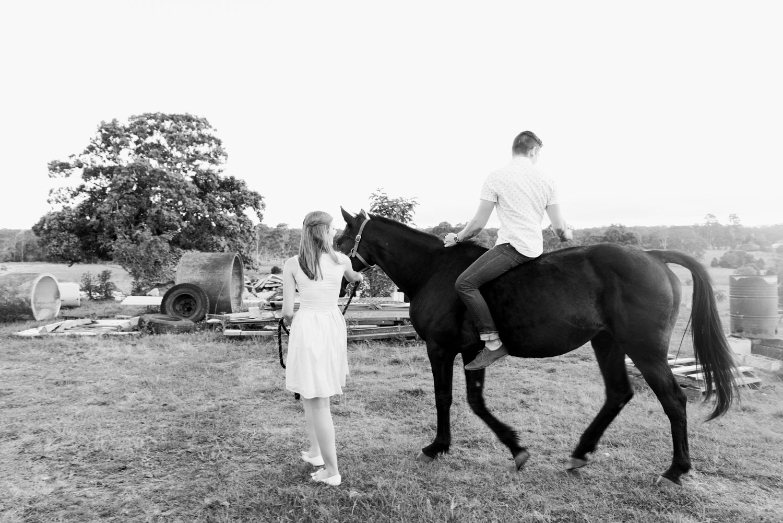 WEB-hannahmccawley-bennettfamilycountrysideportrait-149
