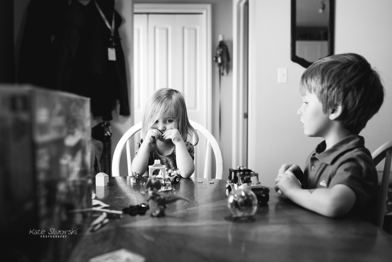 Family photography image of kids playing with Lego