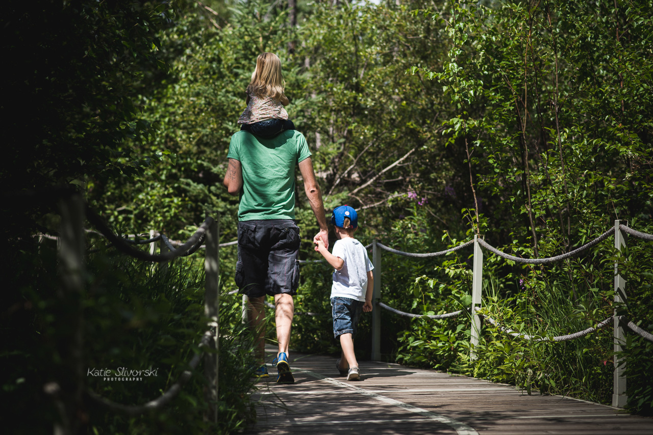 Edmonton photographer family at Jurassic Forest