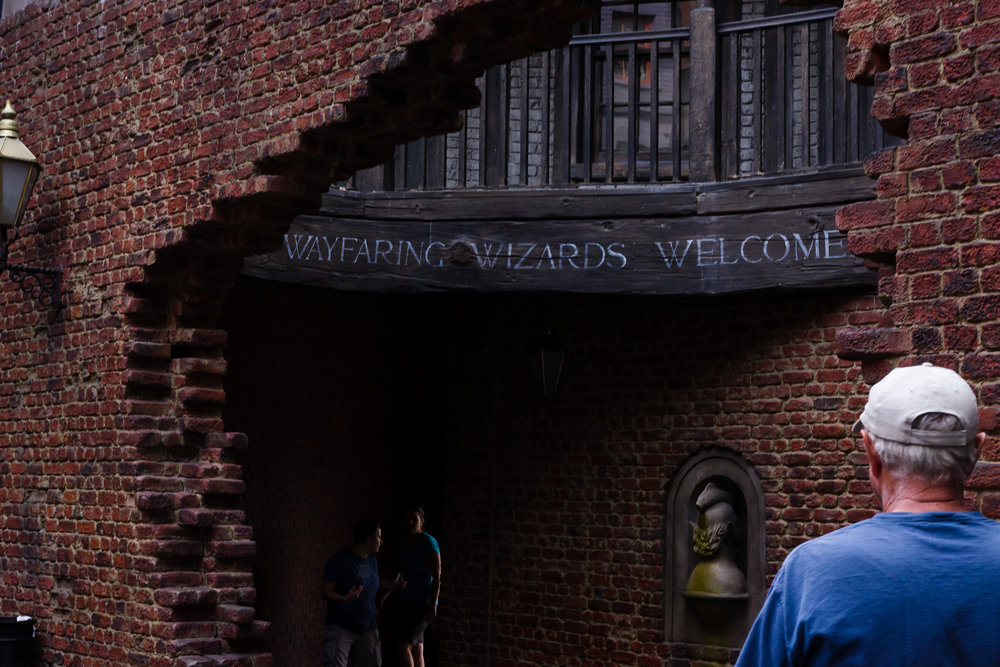 Wayfaring Wizards Welcome. / 3/5/16 / Universal Studios / Orlando, FL
