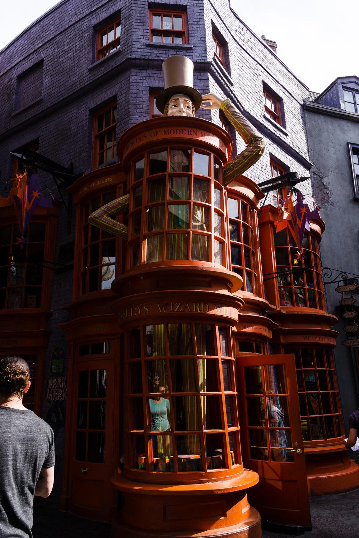 Weasley's Wizard Wheezes! / 3/5/16 / Universal Studios / Orlando, FL