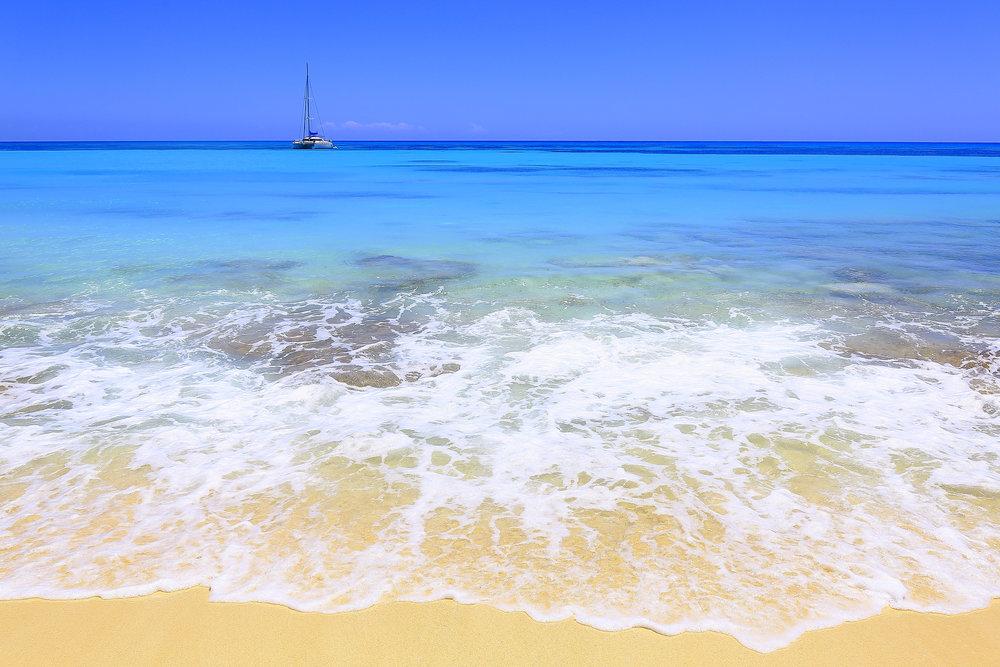 White Sand Yacht.jpg