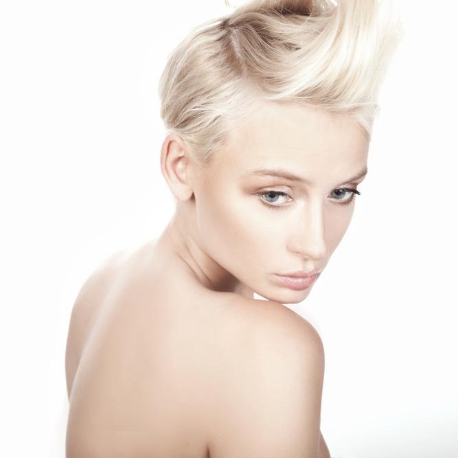 Short-Blonde.jpg