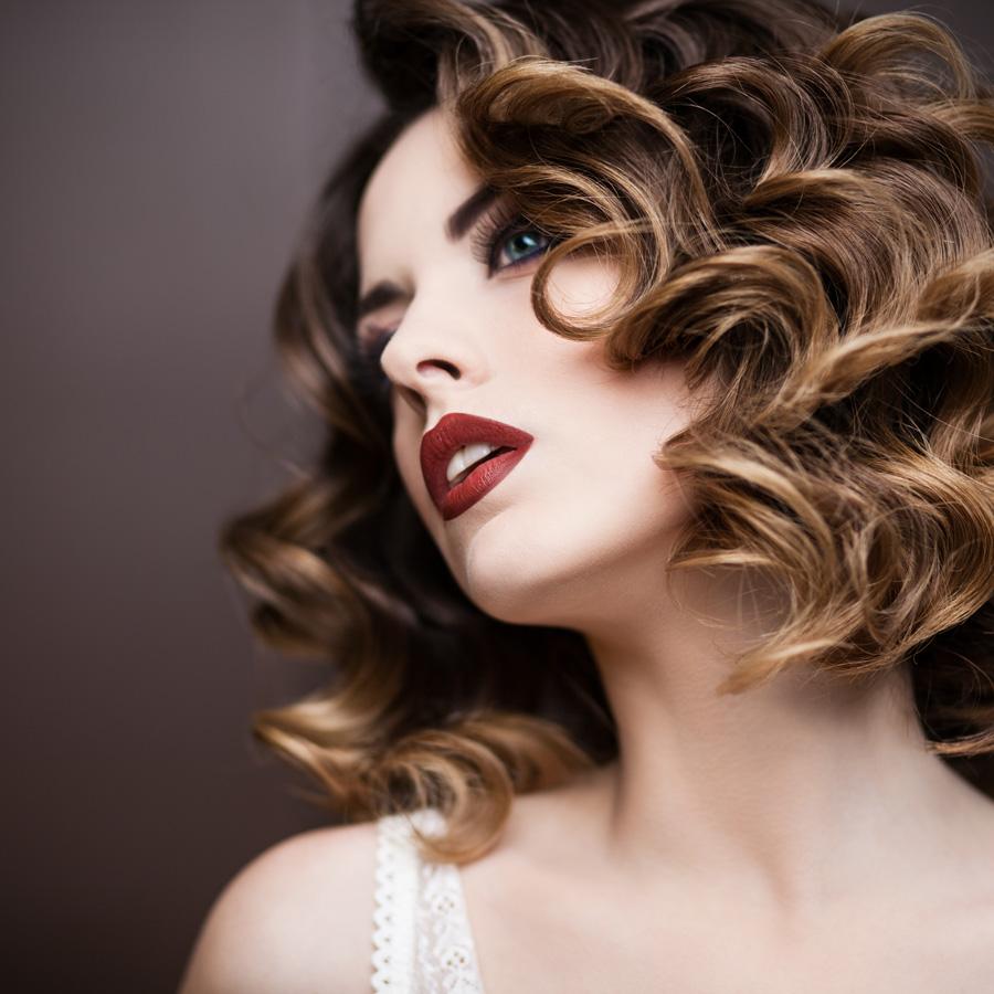 Brunette-Curls-Sml.jpg