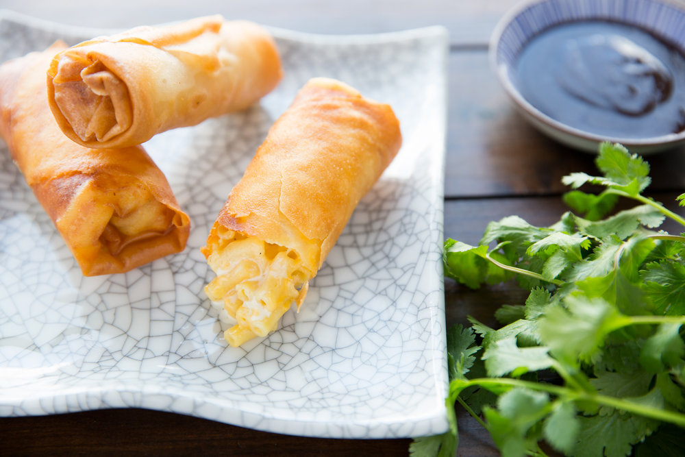 Mac and cheese spring rolls