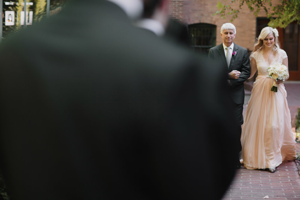 Outdoor Wedding at the Ivy Room Chicago Wedding Photographer - Rachel and Luke-013.jpg