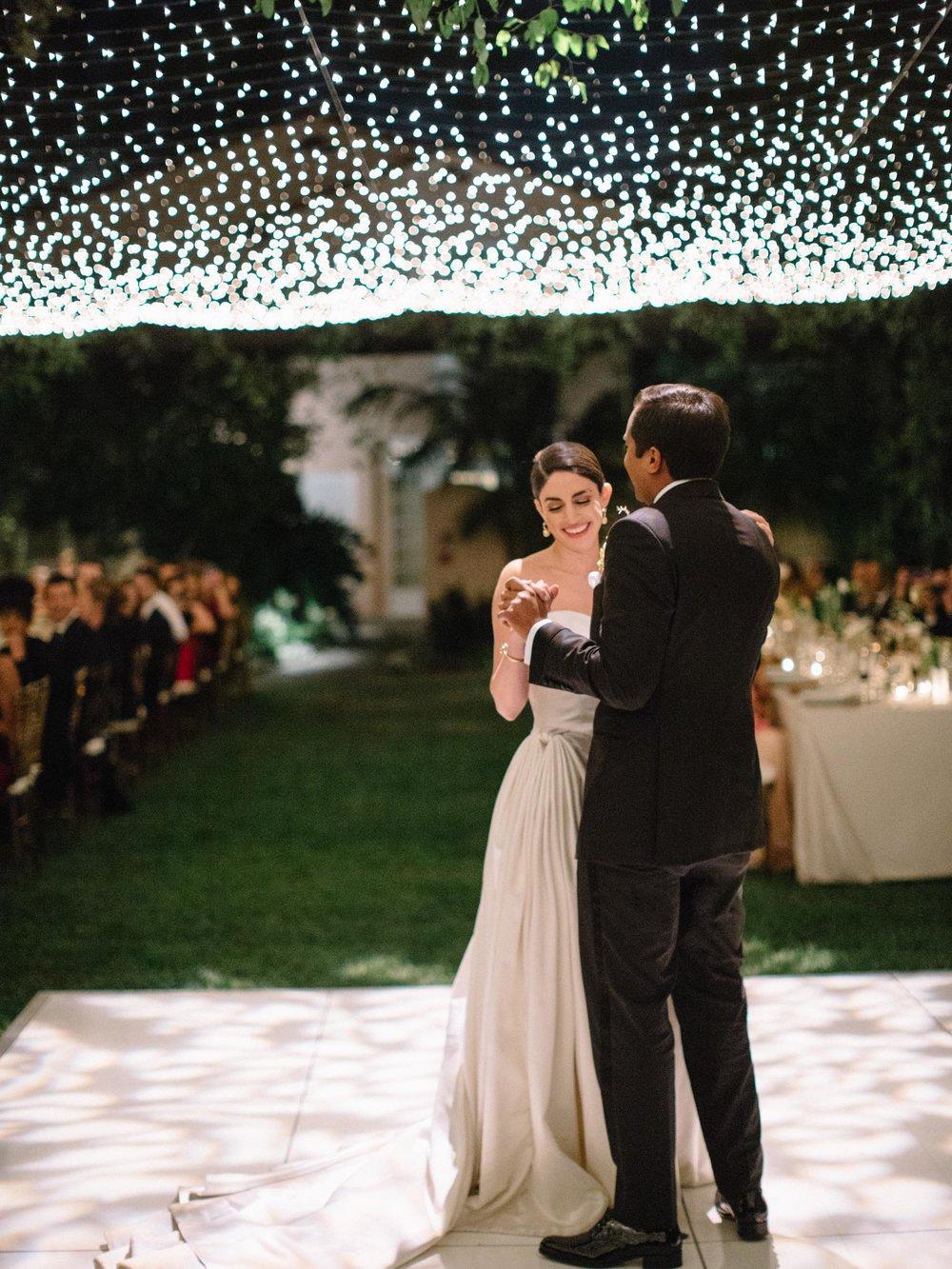 Hotel+Bel-Air+Wedding+First+Dance+Outdoor.jpg
