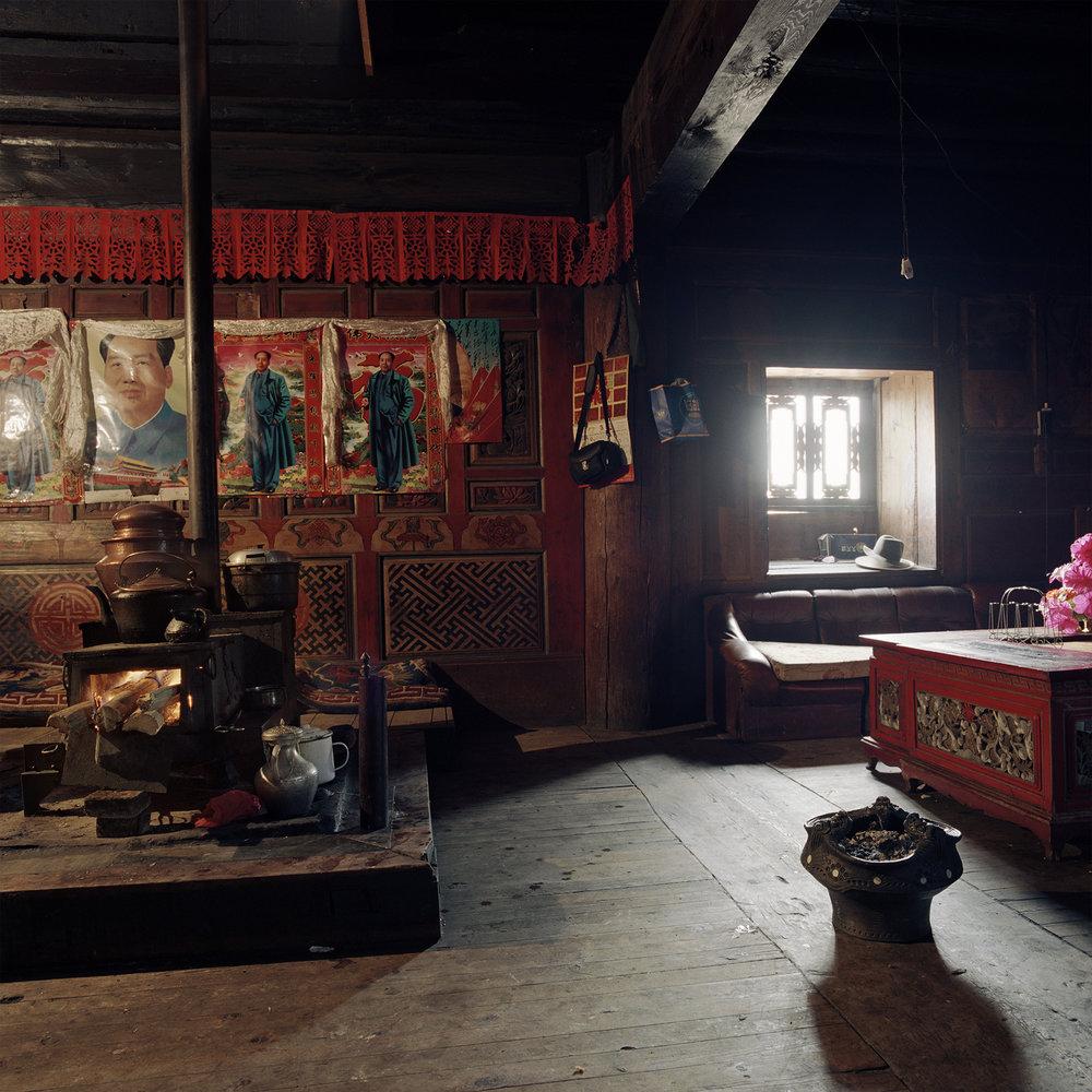 Yunnan, Zhongdian - four Mao's