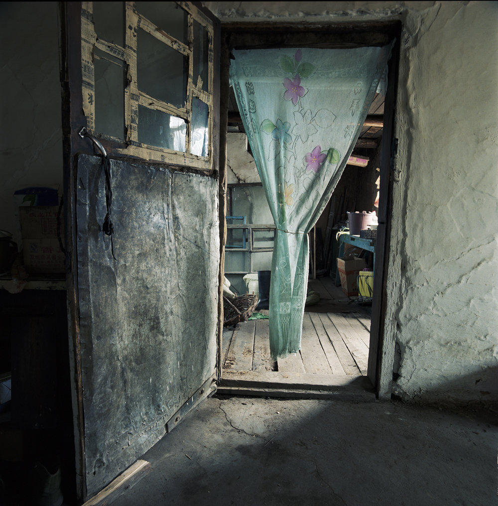 2008 Inner Mongolia - Great Peace settlement, Gregory's house has seen better days.