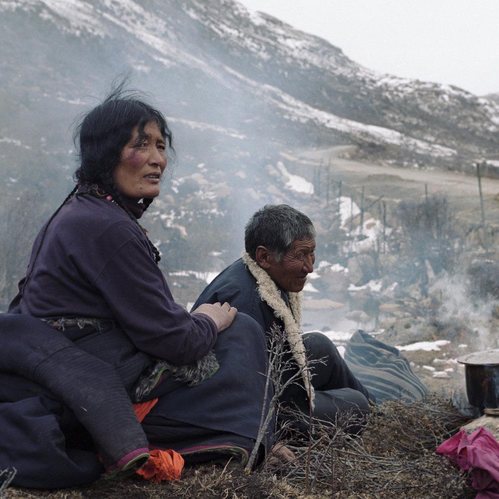2010, near Maniggango - nomads along the road.