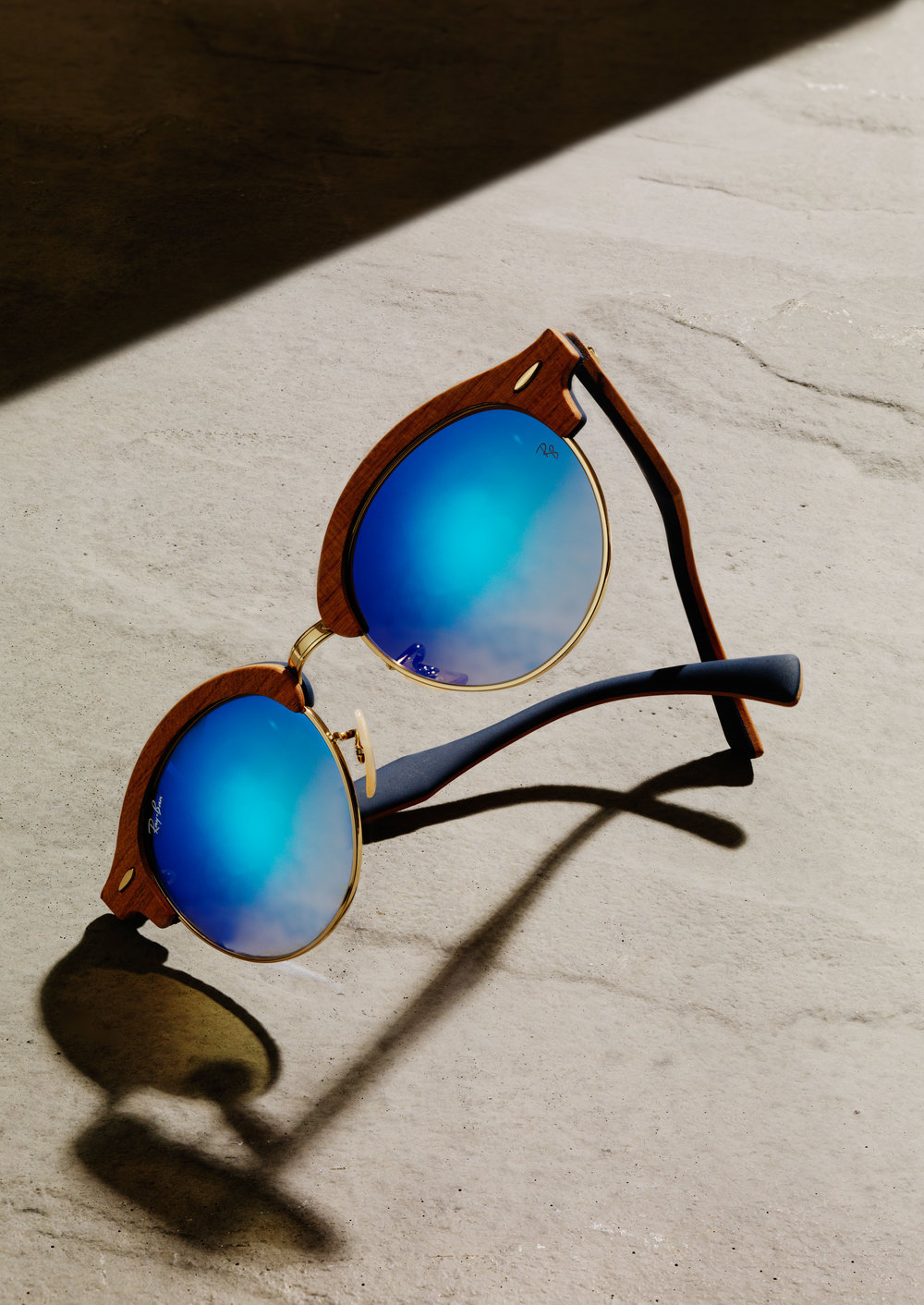 DH&Co-Fashion-Photography-Still-Life-Ray-Bans-Advert