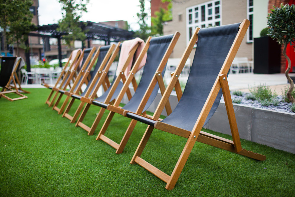 BH_EXT_DECK_CHAIRS_LANDSCAPE.jpg