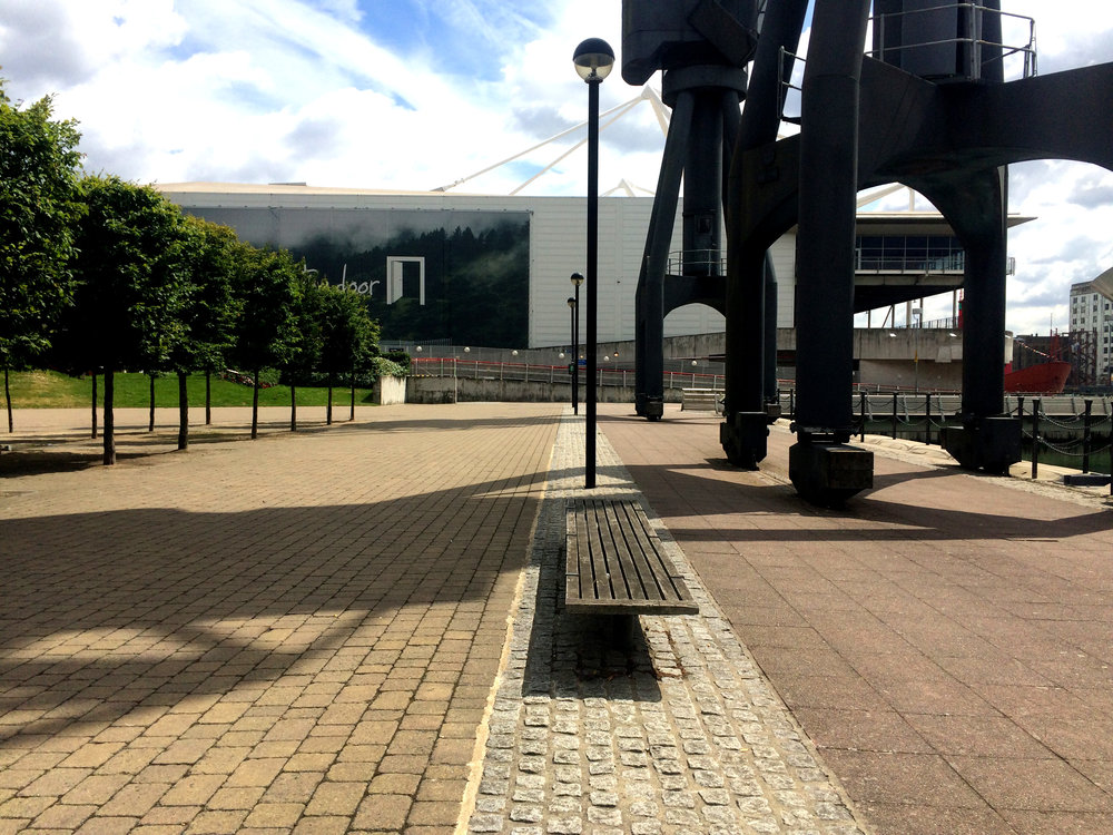 The public realm north of the Royal Docks incorporated the old cranes, creating a link between the industrial past and the present. The ExCel centre in the background is a venue for large‐scale events in London.