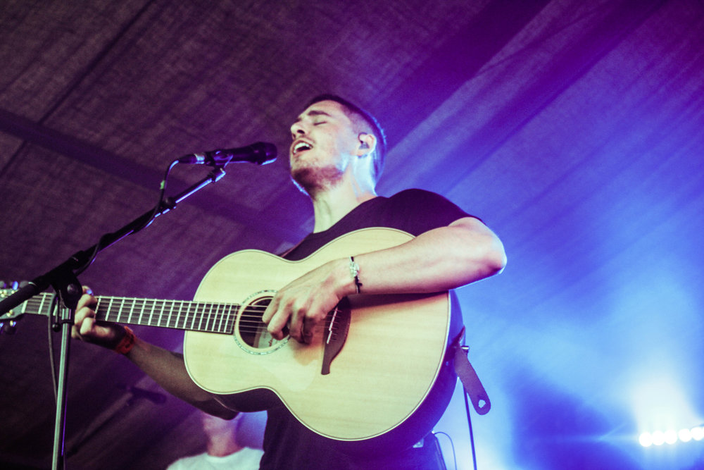 Dermot Kennedy at Barn on the Farm - Photo © Concentus Music