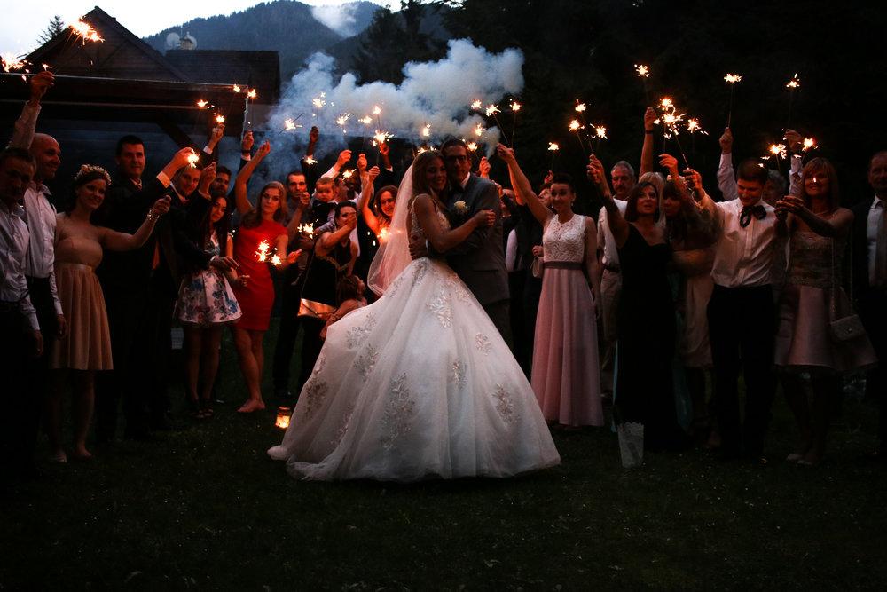 ATELIER-OURS-ABEILLE-Wedding-l-j-650.jpg