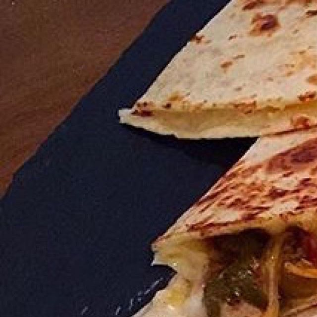 Cheese Quesadillas --------------------------------------------📸 @dartachandra