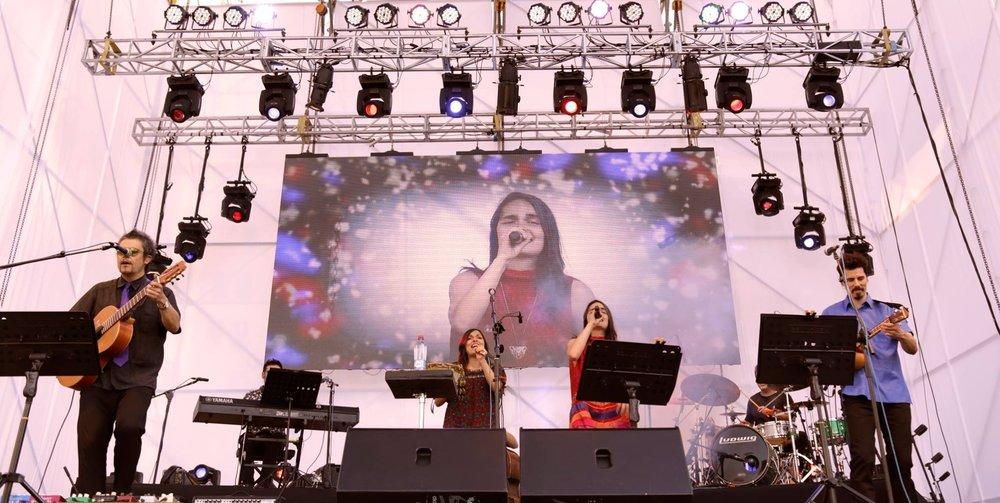 LUCVP con Camila Moreno.jpg