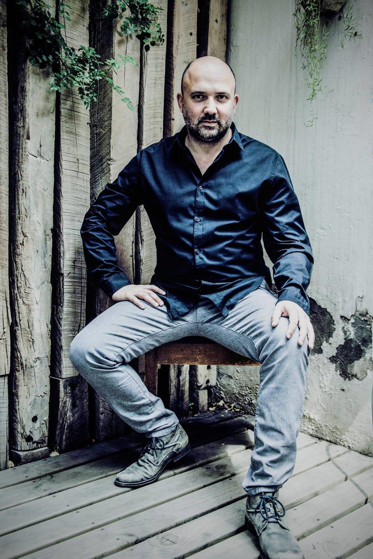 Camilo Salinas.jpg