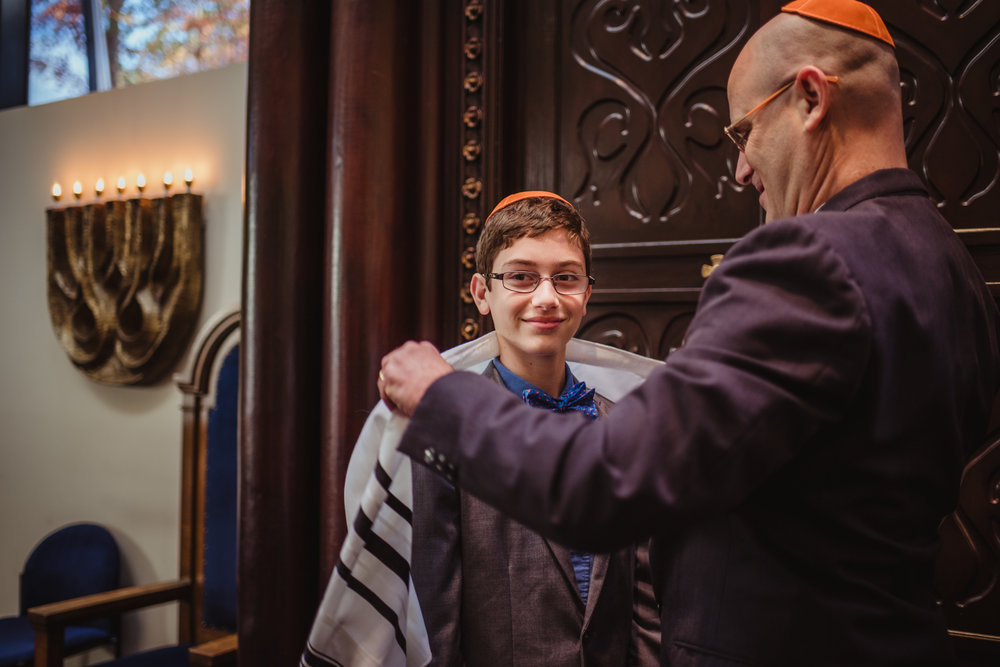 Bar-Mitzvah-boy-and-his-dad-putting-on-his-tallis.jpg