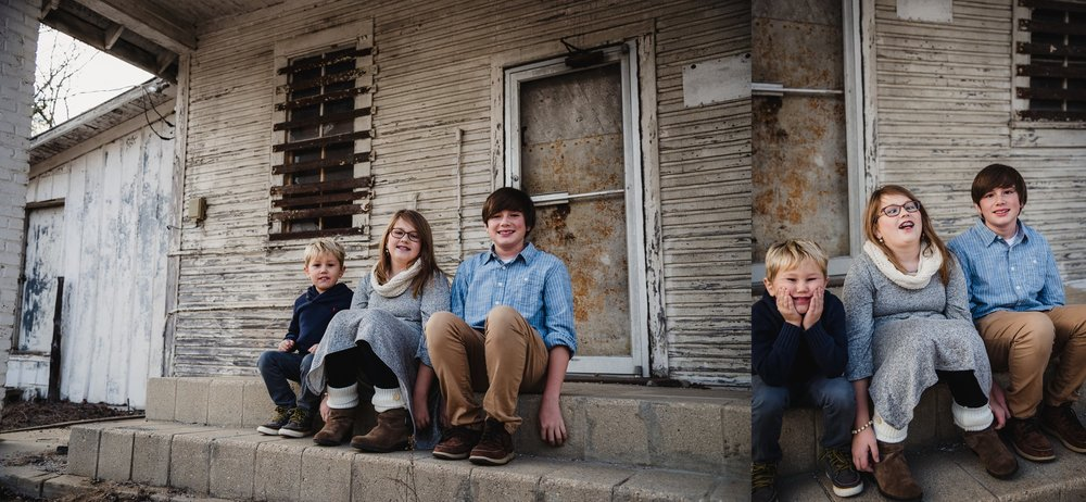 These three siblings sat in front of an abandoned store front at Lake Myra in Wendell, NC for their family pictures with Rose Trail Images.