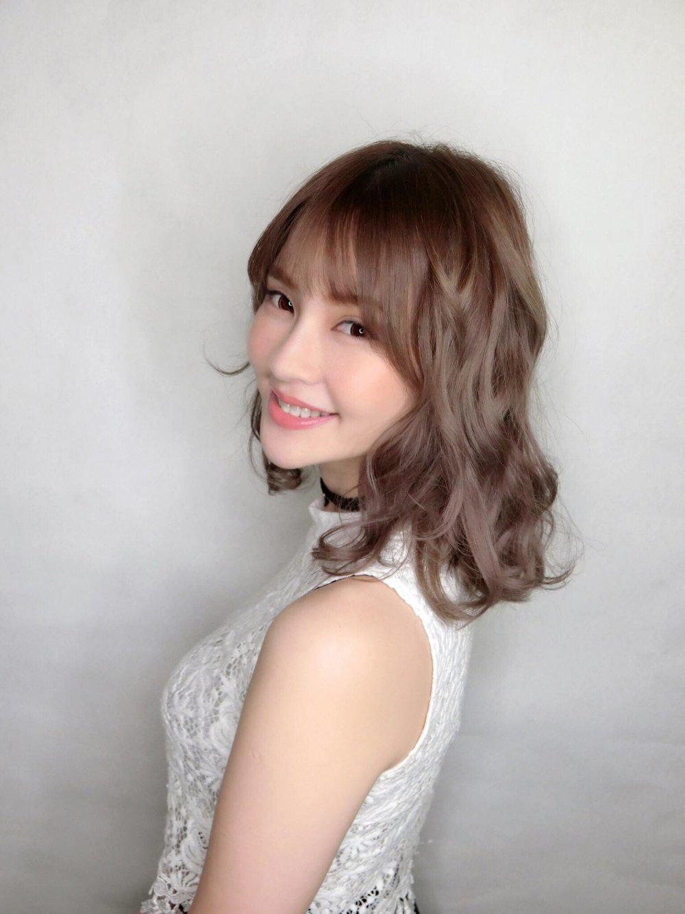 Yuri 田芯婕  – 萌寵教主