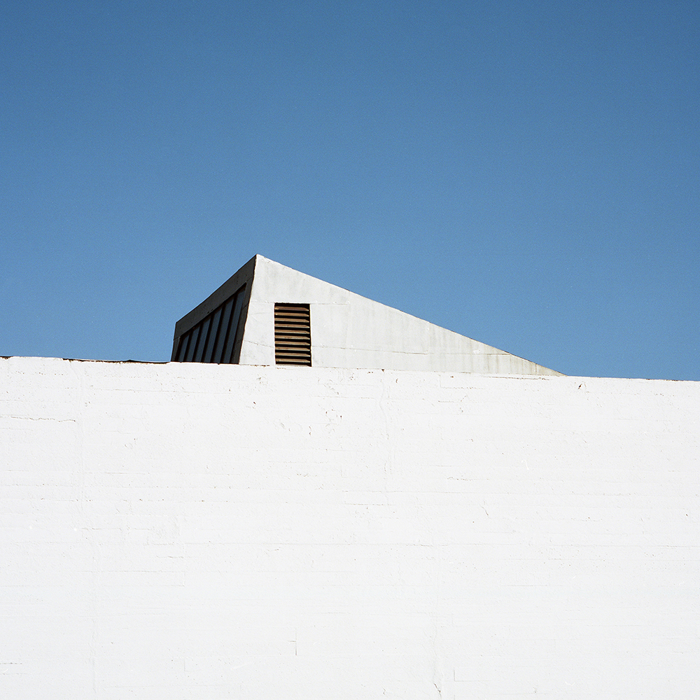 tringle_roof.jpg