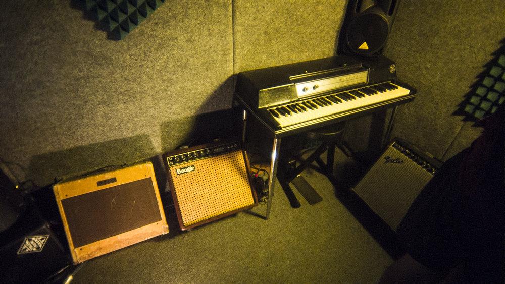 FRAN TASTE SOUND BOX8.jpg