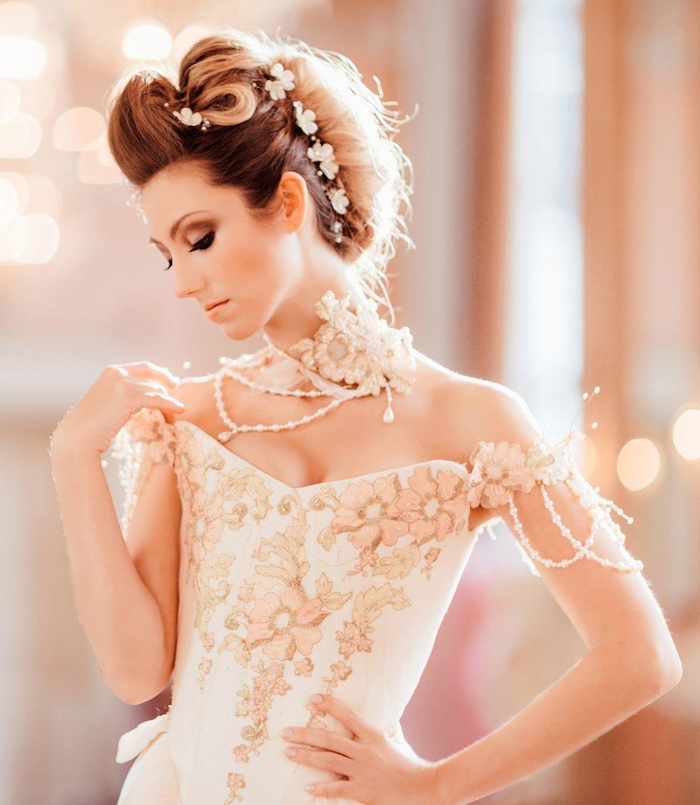 Chantal-Mallett-Bridal-Couture---Corseted-Wedding-Dresses-London-UK-(23).jpg