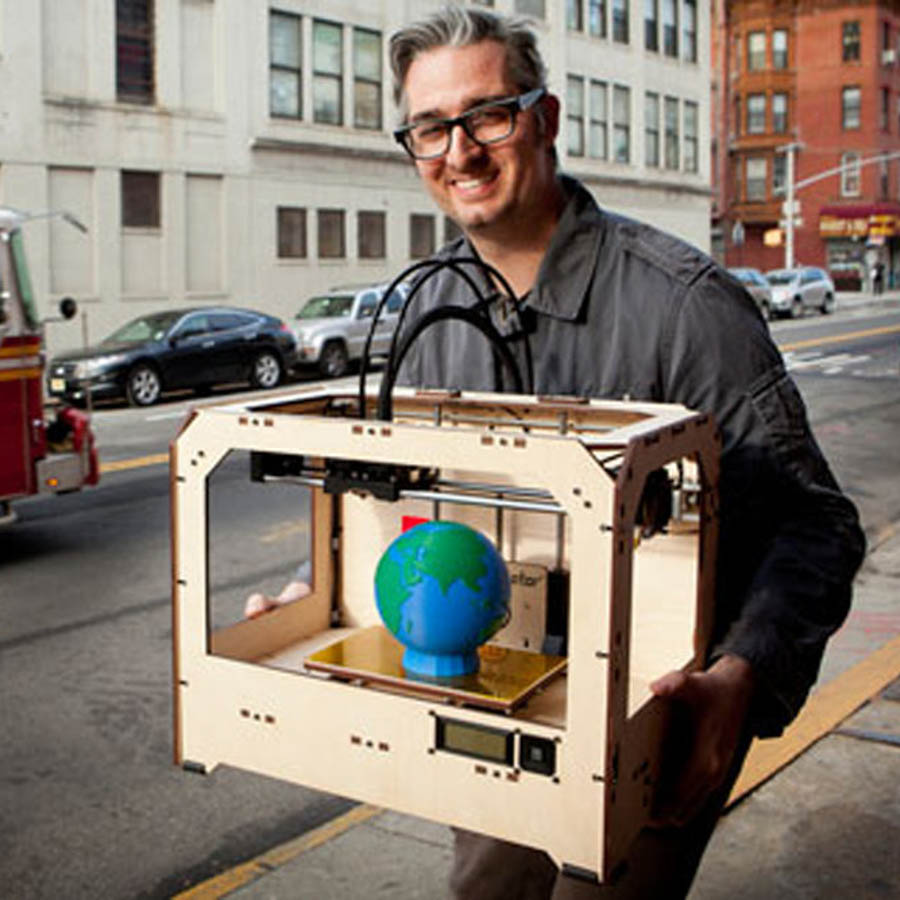 BRE PETTIS - MAKERBOT INDUSTRIES -