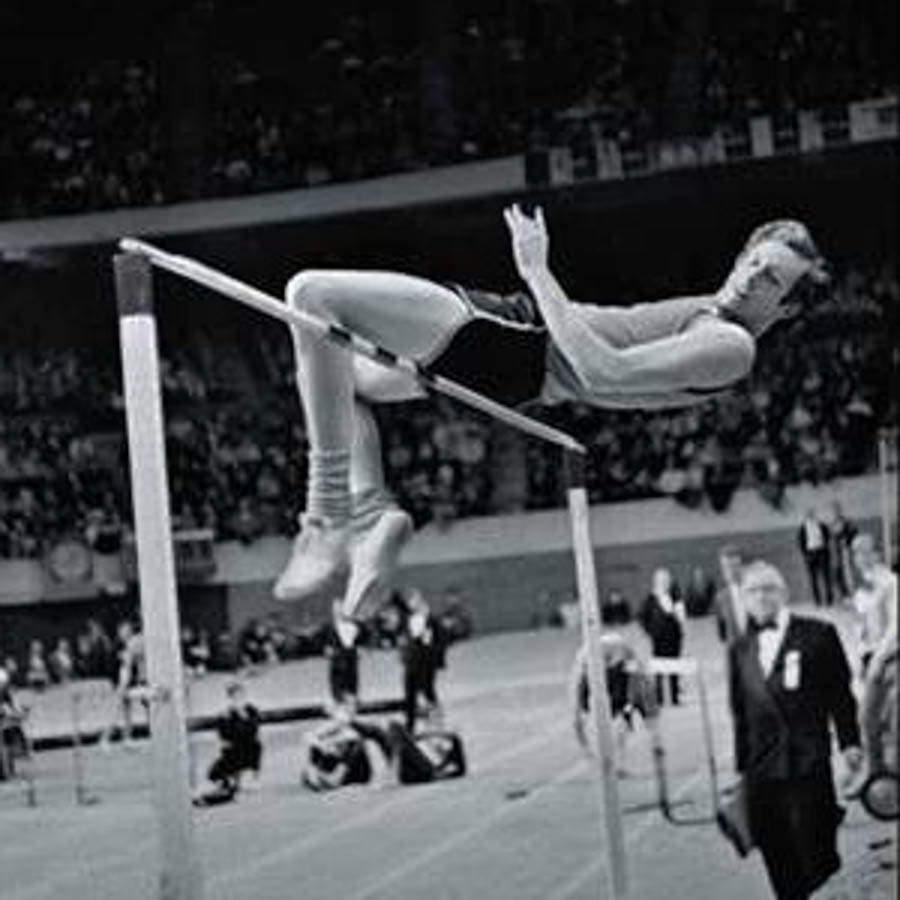 DICK FOSBURY - LIFETIME ACHIEVEMENT AWARD -