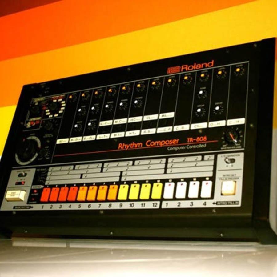 ROLAND TR-808 RHYTHM COMPOSER -