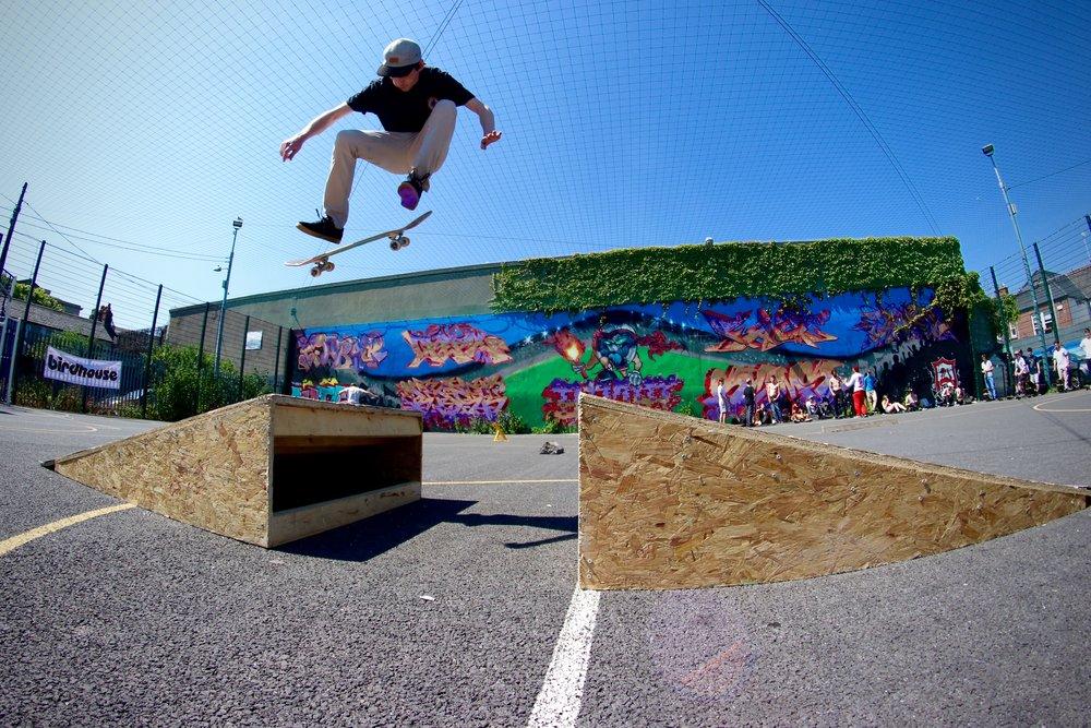 Gav Coughlan - Switch Kickflip (@gavcoughlan)