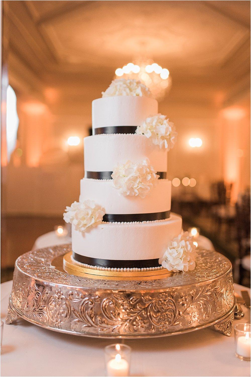 new york wedding photographer wedding cake navy and white