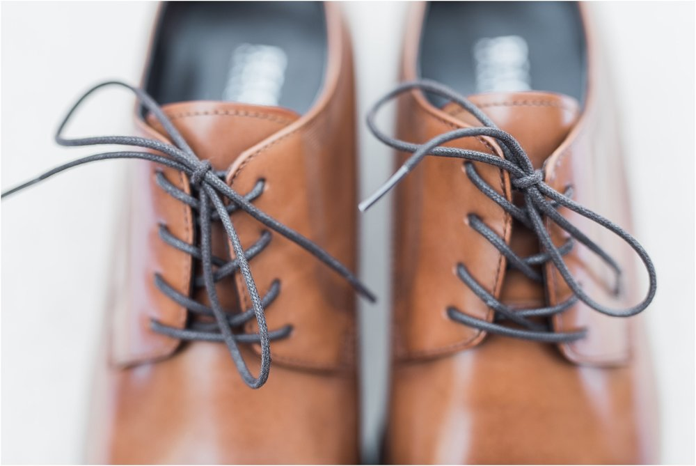 groom details perry ellis shoes.jpg
