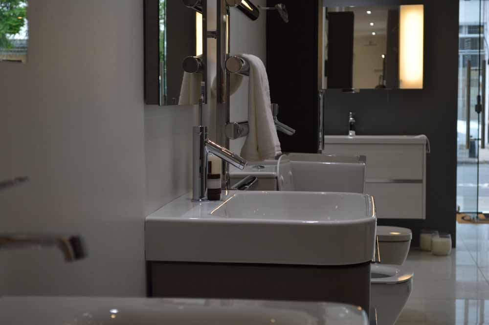 Elite Bathrooms Myddleton Road 4.jpg